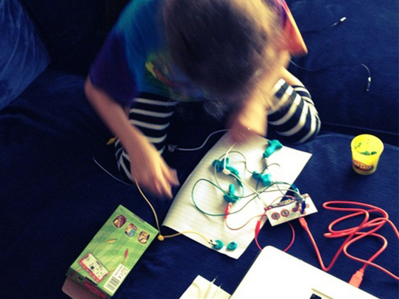 Atelier sonore Makey Makey